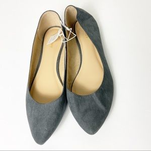 Old Navy Women New Gray Suede Pointed Toe Flats